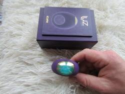 Ona, on a sakra skvělý sex s vibračním kroužkem LUZ Eclipse od Toy Joy!! Ověřeno!!